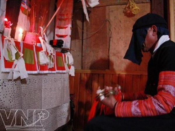 Lên vùng cao Vân Hồ, ăn Tết cổ truyền cùng đồng bào dân tộc Mông