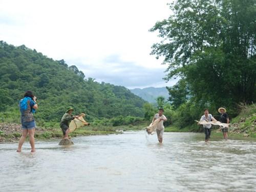 Phát triển du lịch ở Vân Hồ
