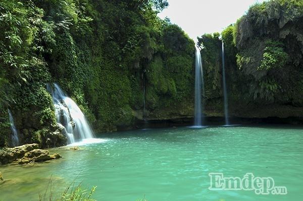 Sửng sốt với vẻ đẹp hoang sơ của thác Chiềng Khoa, Vân Hồ